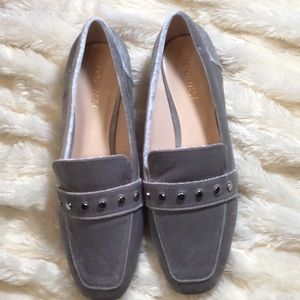NINE WEST SILVER LOAFERS